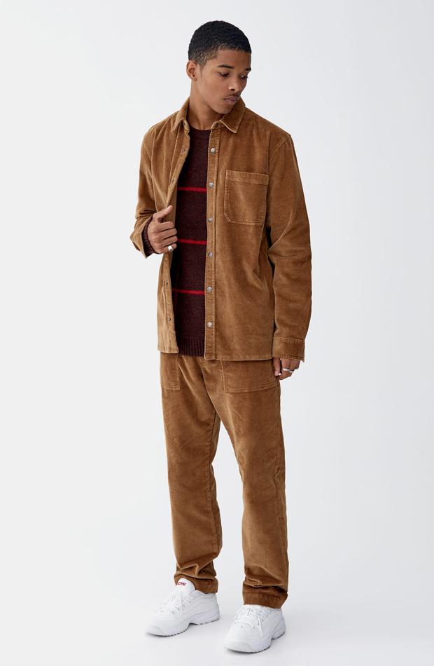 Camisa pana botones de Pull & Bear: tendencias masculinas 2019
