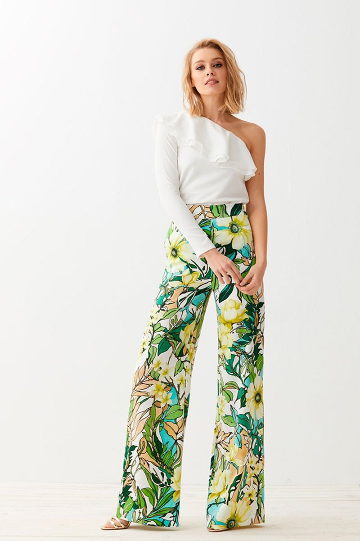 20 pantalones para invitadas diferentes stylelovely for Vestir una pared con plantas
