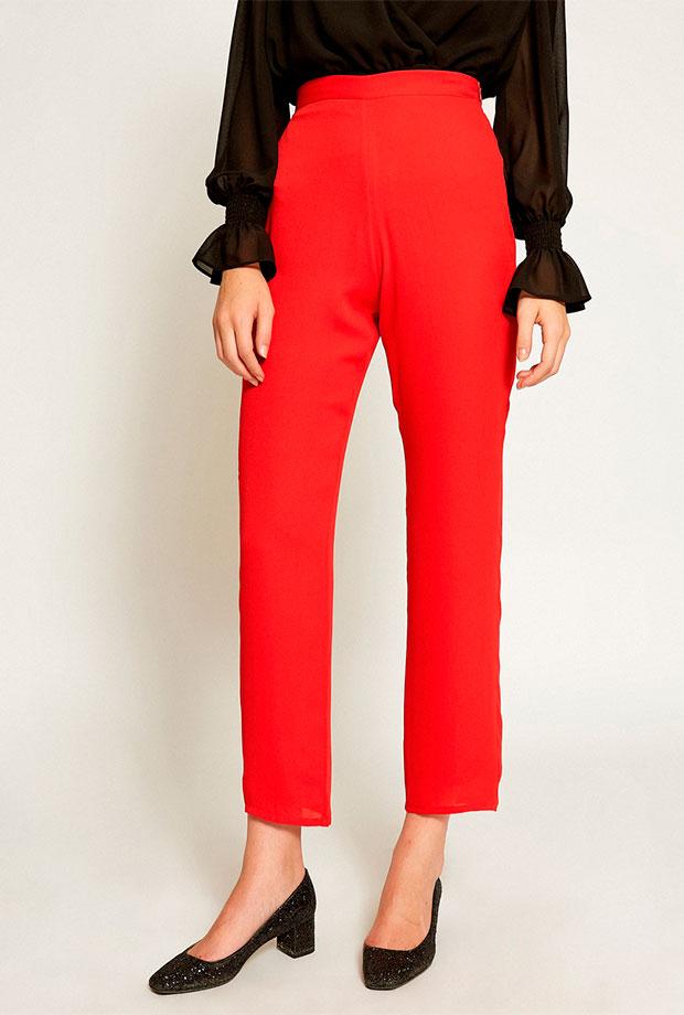 Pantalones para invitadas de boda en color rojo