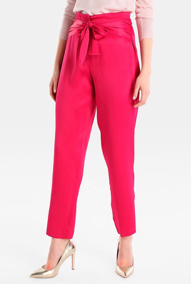 Pantalones para invitadas de boda en rosa fucsia