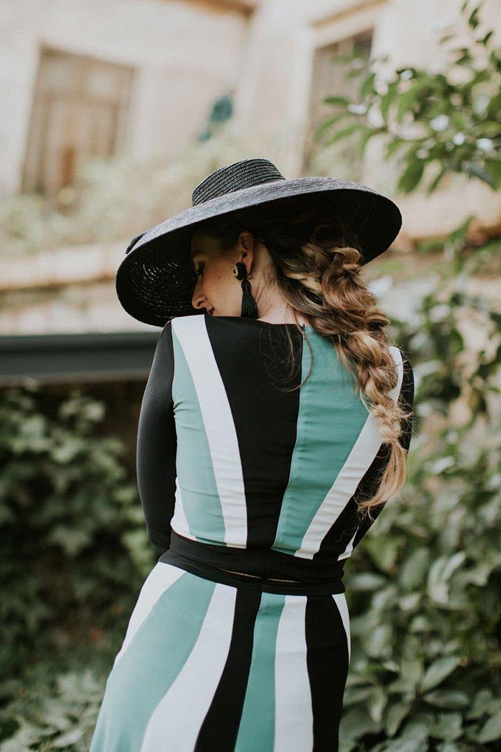 Peinados de invitada de boda 2018: trenza de espiga