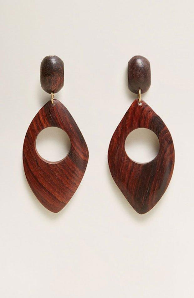 Pendientes de madera en color marrón chocolate