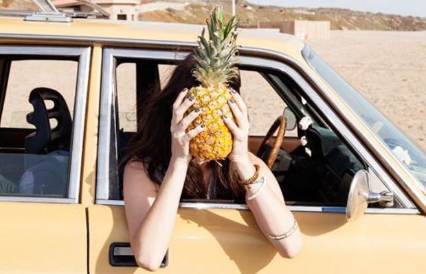pina-recetas-coche-mujer
