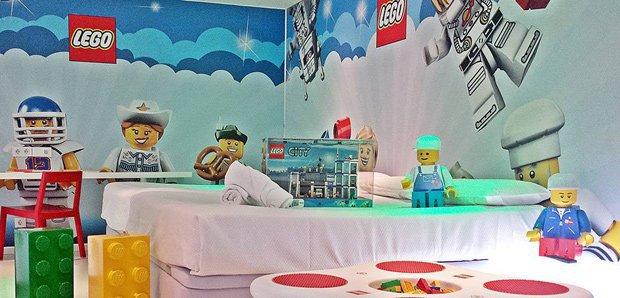 planes con niños hotel del juguete