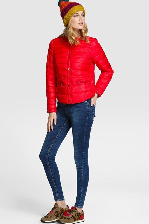 Plumífero corto rojo de Easy Wear