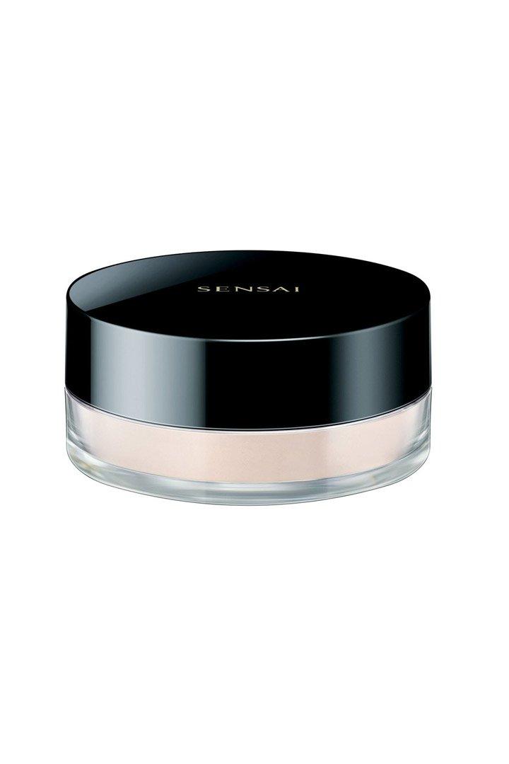 Polvos traslúcidos de Sensai: Maquillaje ligero verano