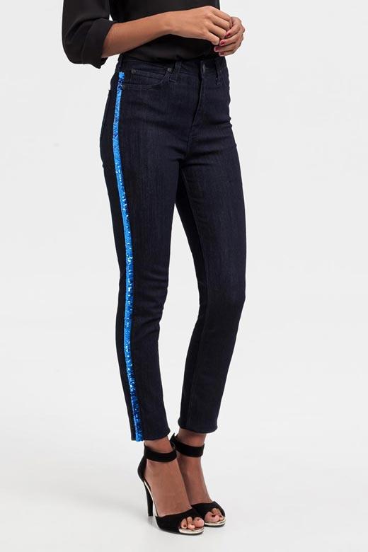 Jeans marinos con tira de lentejuelas