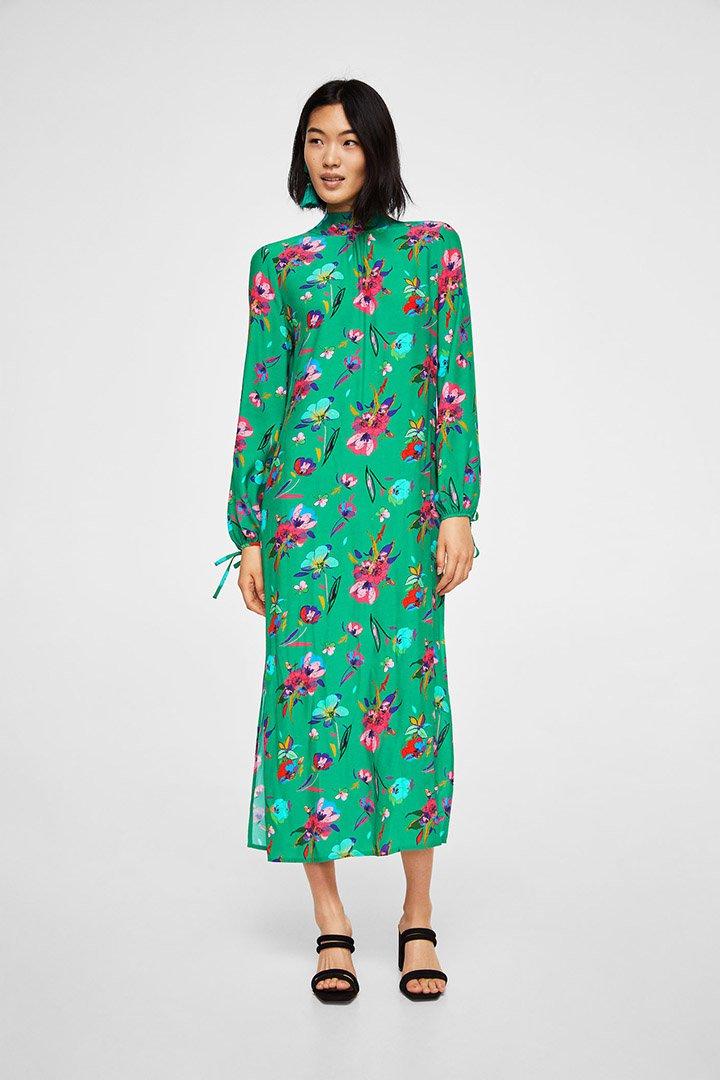 Vestido de estampado floral de las rebajas de verano de Mango