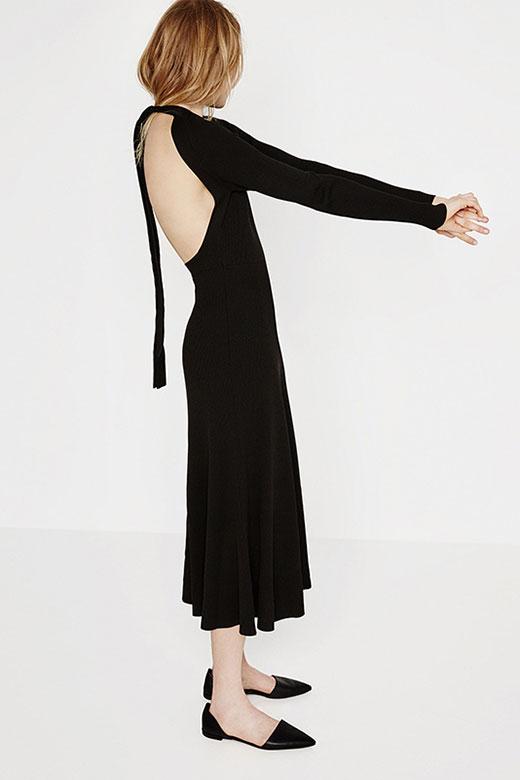Rebajas en ZARA: vestido negro