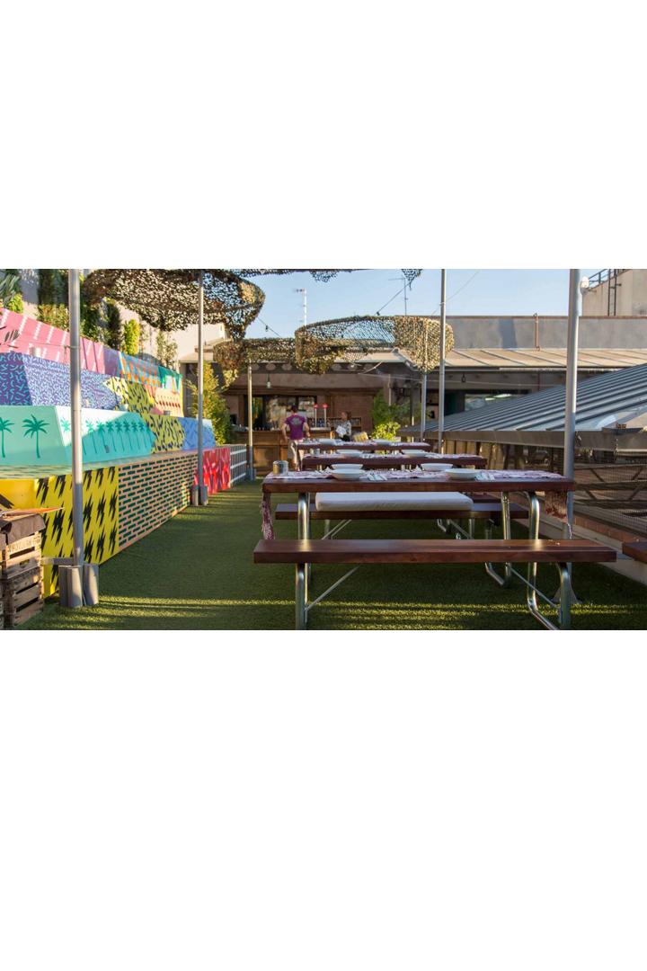 Restaurantes con terraza en madrid el paracaidista