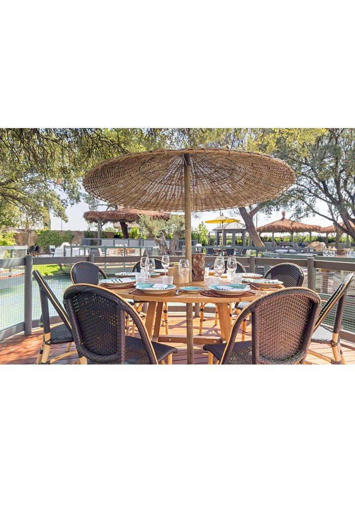 Bares y restaurantes con terraza en madrid stylelovely for El jardin de la maquina restaurante