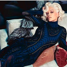 Rita Ora para Roberto Cavalli
