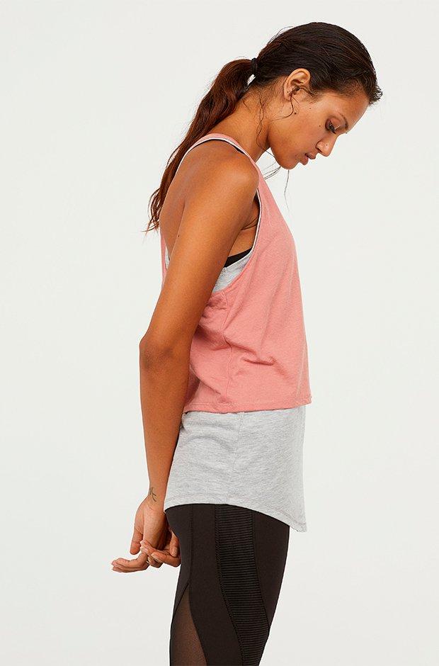 Ropa deporte invierno HM: camiseta bicolor