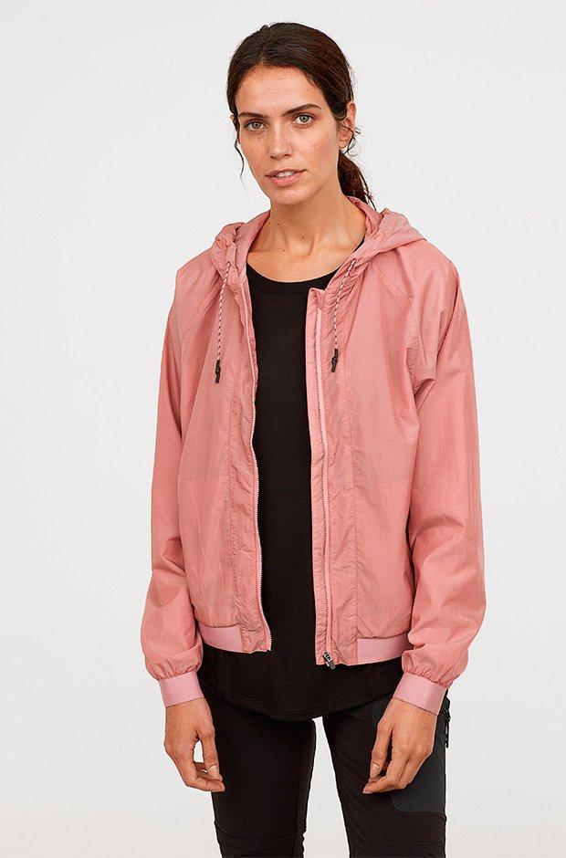 Ropa deporte invierno HM: cazadora rosa