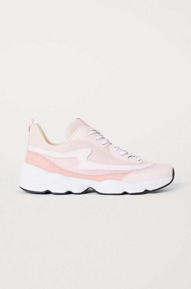 Ropa deporte invierno HM: zapatillas rosas