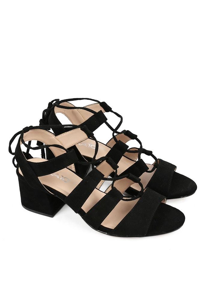 Sandalias negras con tacón cómodas