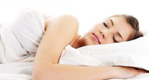 ¿Sabías que los serums son más eficaces por la noche?