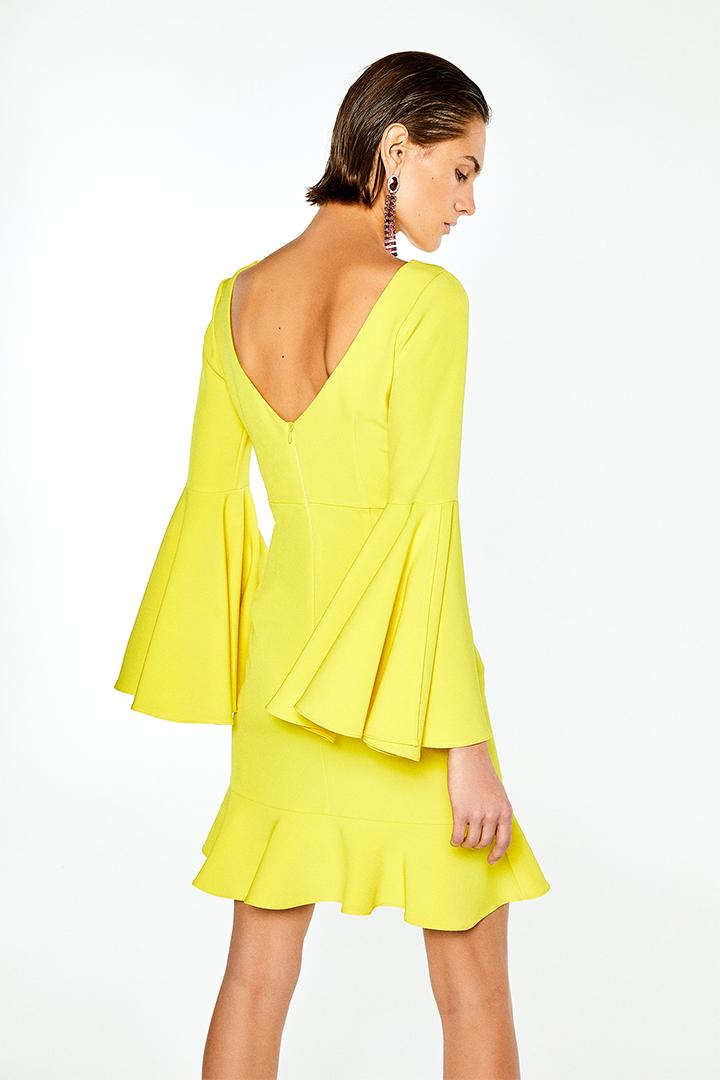 Vestido amarillo con mangas campana de Sfera Online