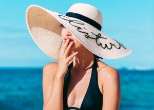 Sombreros de verano con mensaje
