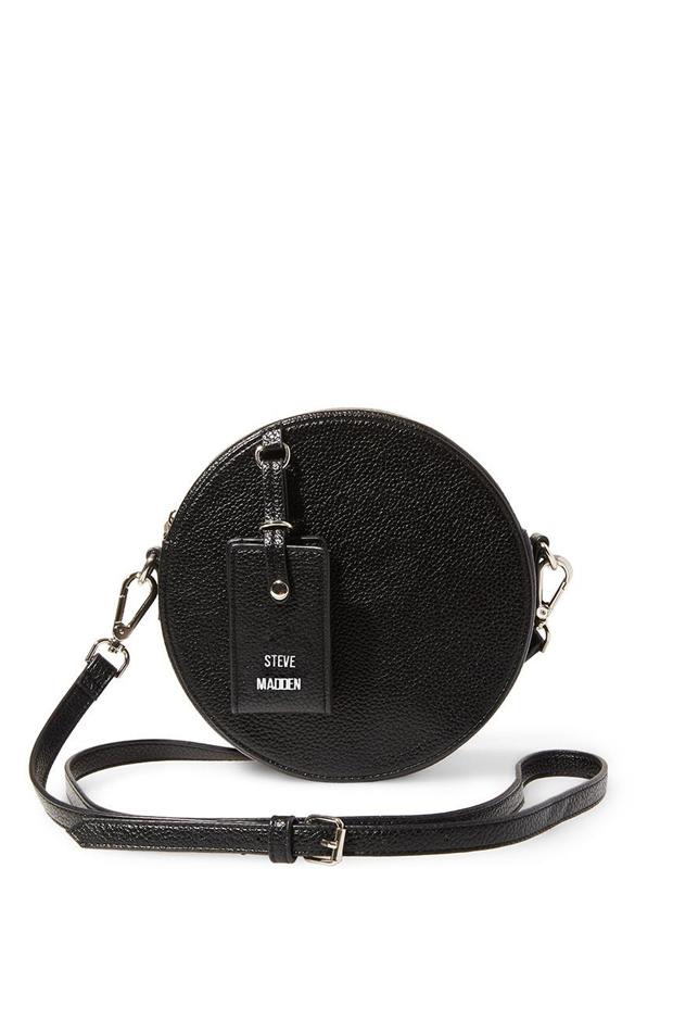 Bolso pequeño redondo con cremallera en color negro de Steve Madden: prendas it girl