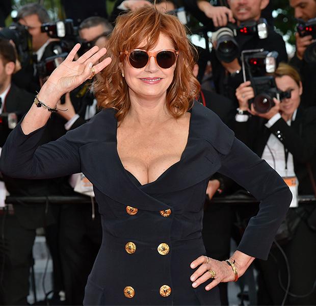 Susan Sarandon se presenta en Cannes con un traje de chaqueta