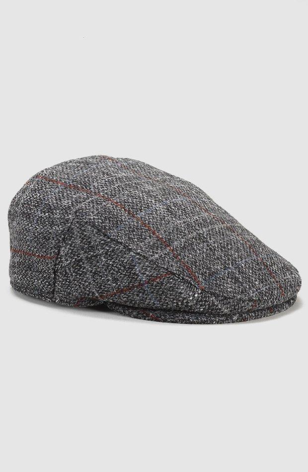 Boina en tweed gris de El Corte Ingles