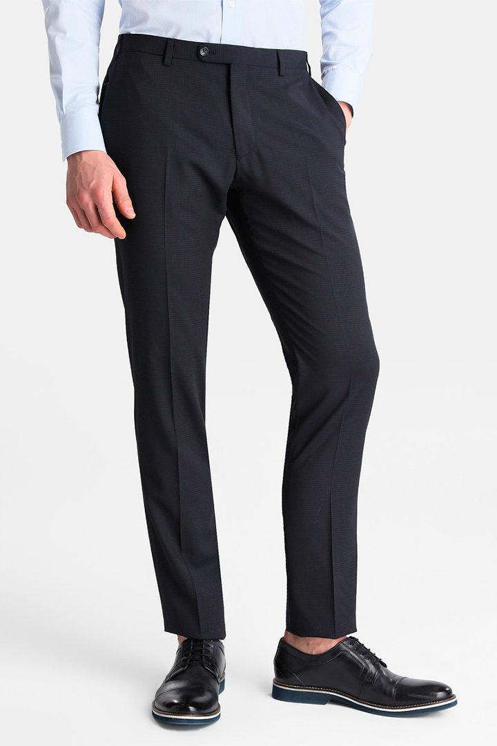 Tendencias hombre primavera 2018: pantalones de pinzas