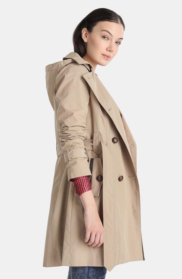 Gabardina clásica con capucha de Tintoretto: abrigos tendencia