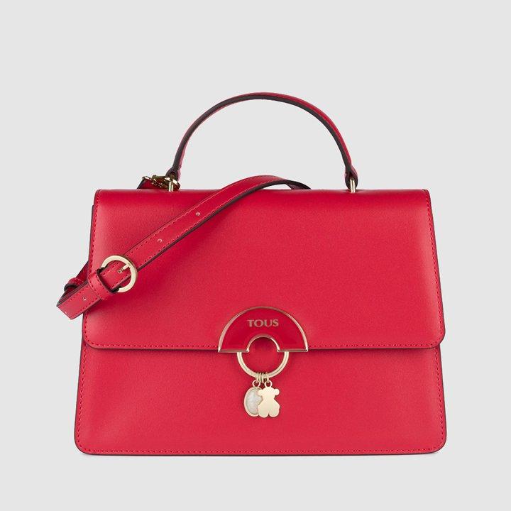 Bolso de mano Hold en rojo con asa larga extraíble de Tous: ideas regalos navidad