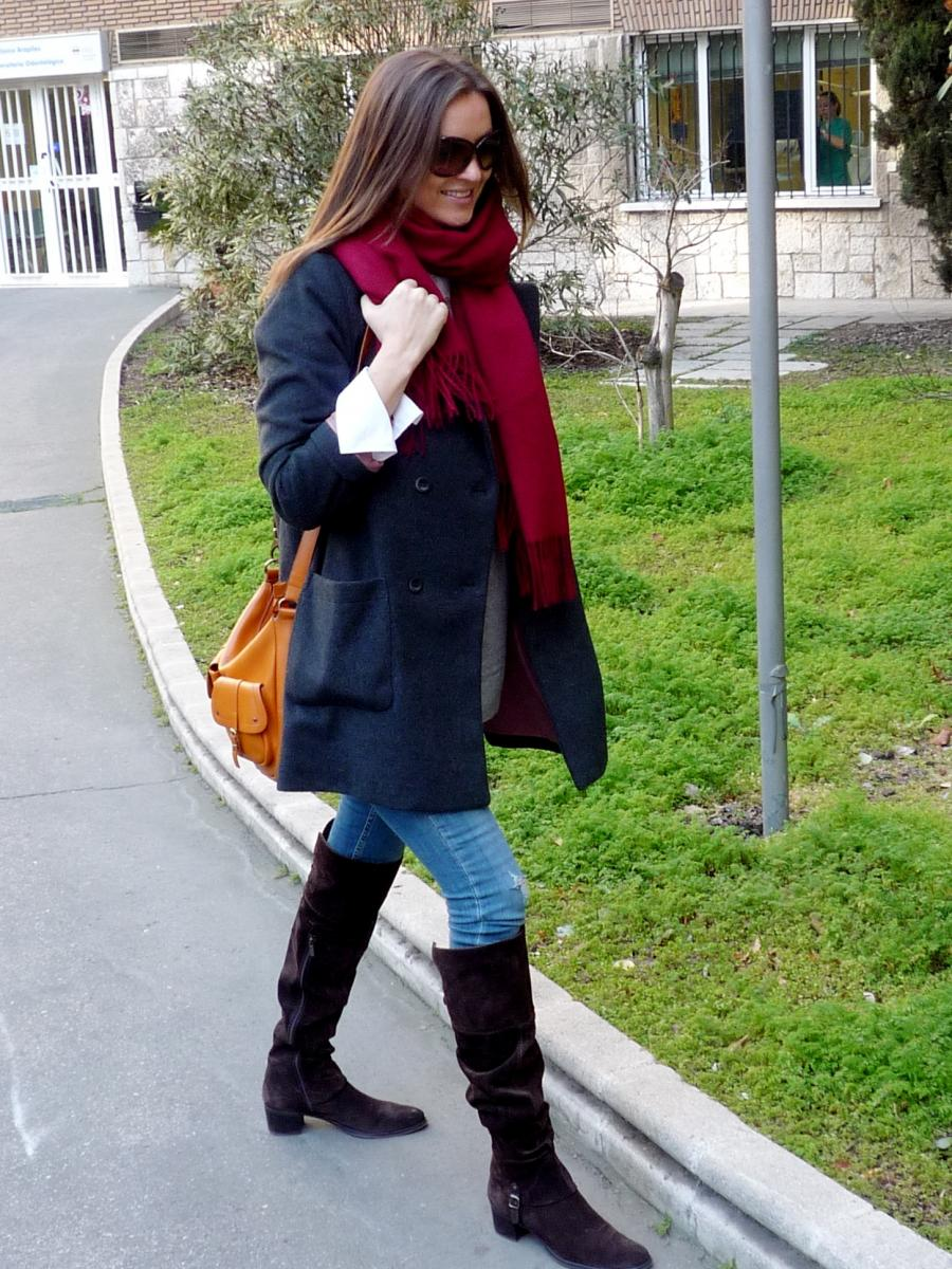 Grey &  Burgundy-36521-lisovin