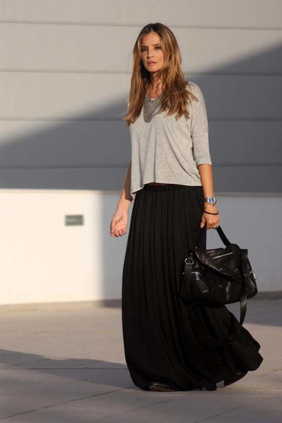 Falda negra en tienda de ropa 1 - 3 part 6