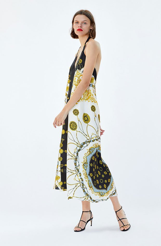 como combinar vestido zara estampado pañuelo