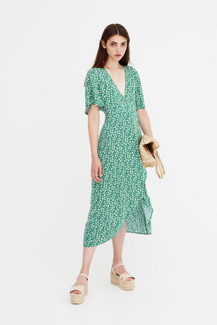 1eeba9a4f1 El vestido de flores más viral del verano - StyleLovely.com