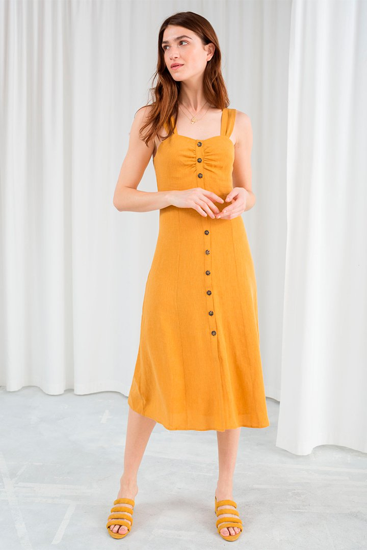 Vestido de lino amarillo de And Other Stories verano 2018