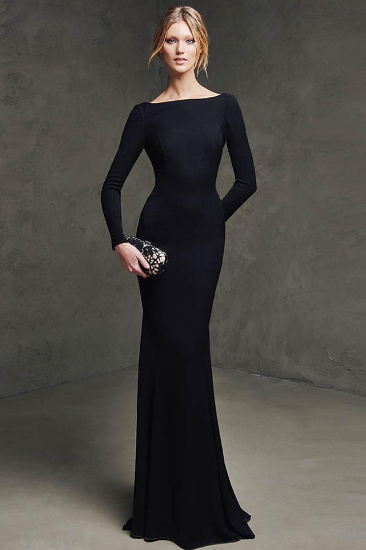Outfit vestido negro largo de fiesta