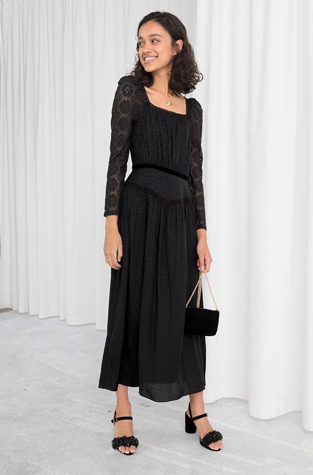 Vestido negro midi de la colección novias e invitadas de Other Stories Invierno 2019