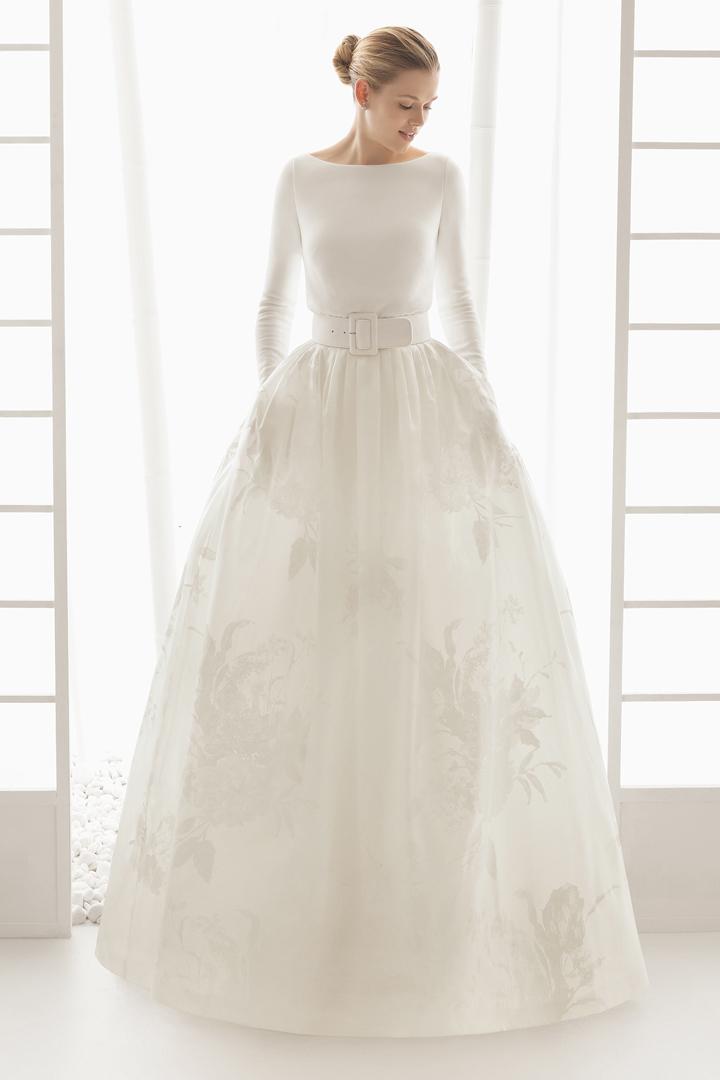 Rosa Clará · vestidos de novias , Volver a la portada Volver al artículo