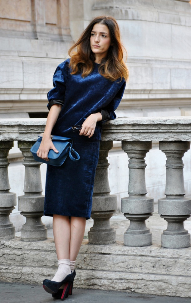 Eleonora Carisi vestido terciopelo