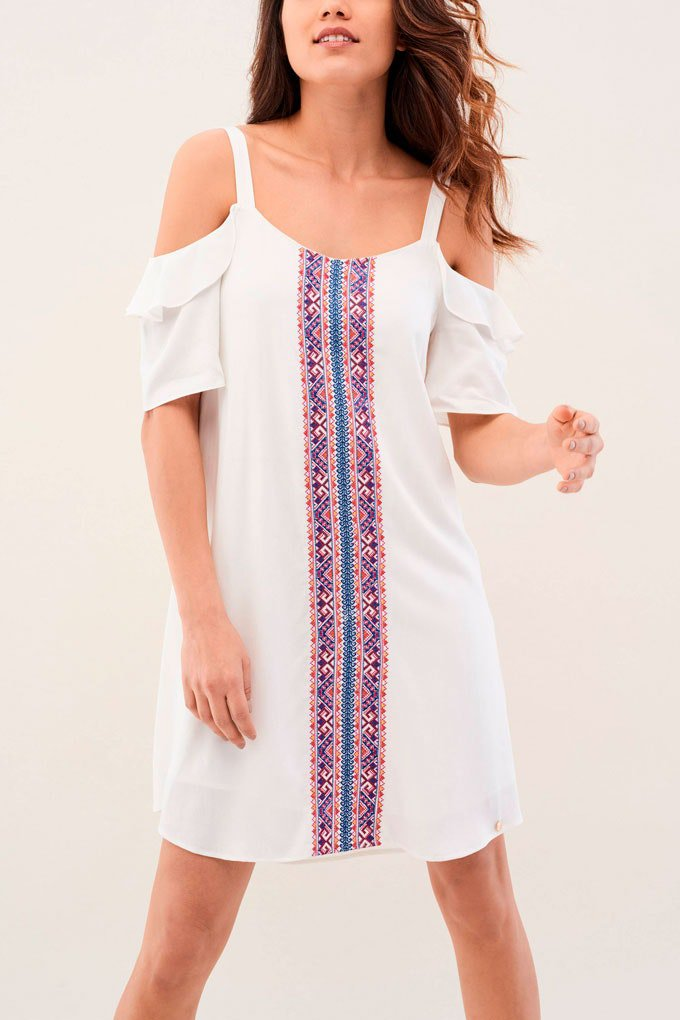 Vestido de verano versátil con bordados
