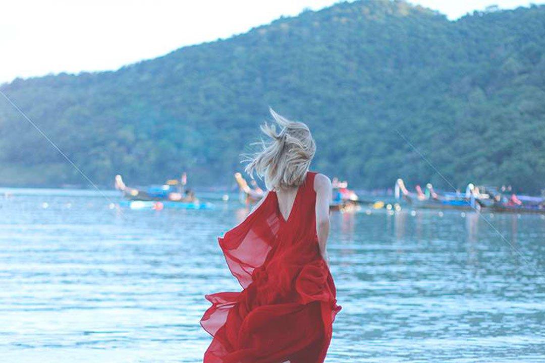 vestido rojo de El Corte Inglés