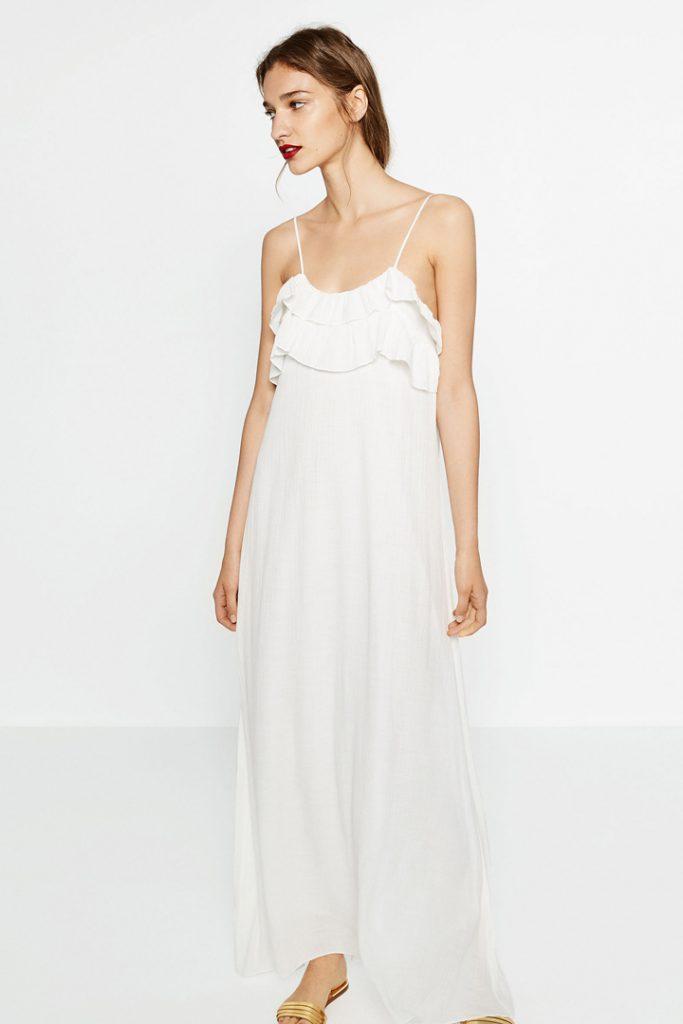Vestido de novia largo con volantes de Zara