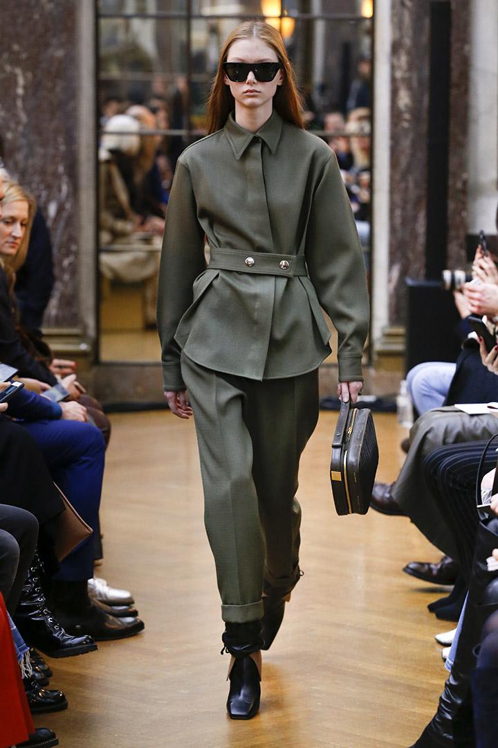 Look verde de Victoria Beckham Otoño Invierno 2018 2019