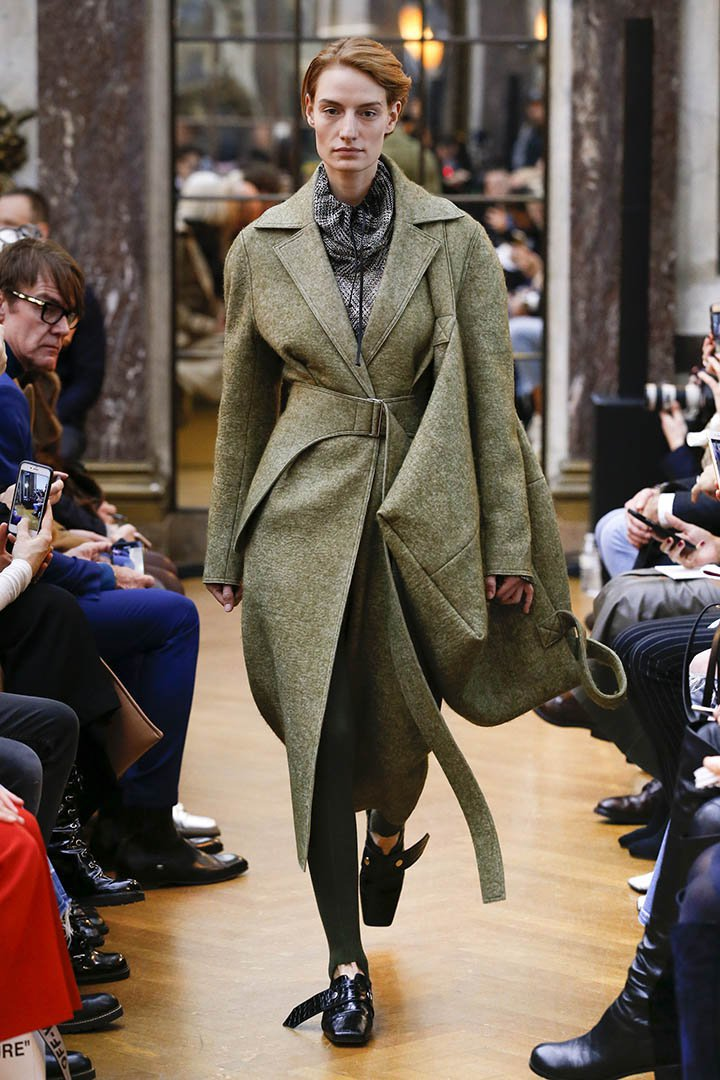 Abrigo masculino de Victoria Beckham Otoño Invierno 2018 2019