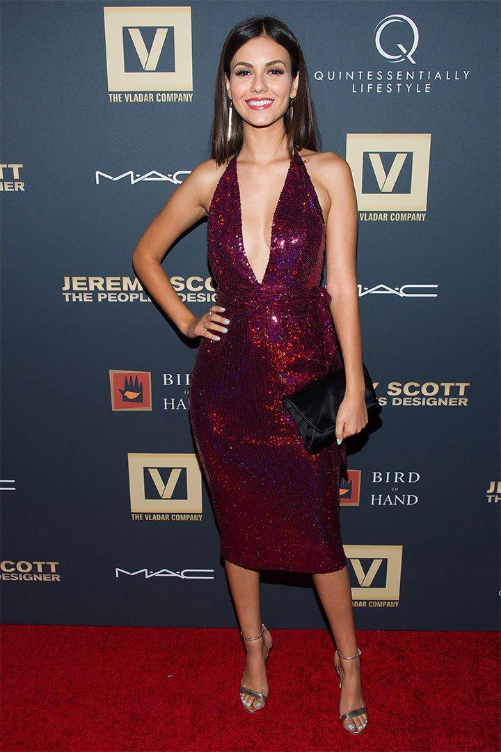 Victoria Justice con vestido sexy