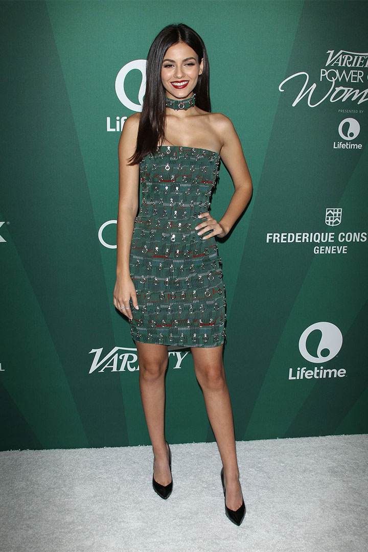 Victoria Justice con vestido verde