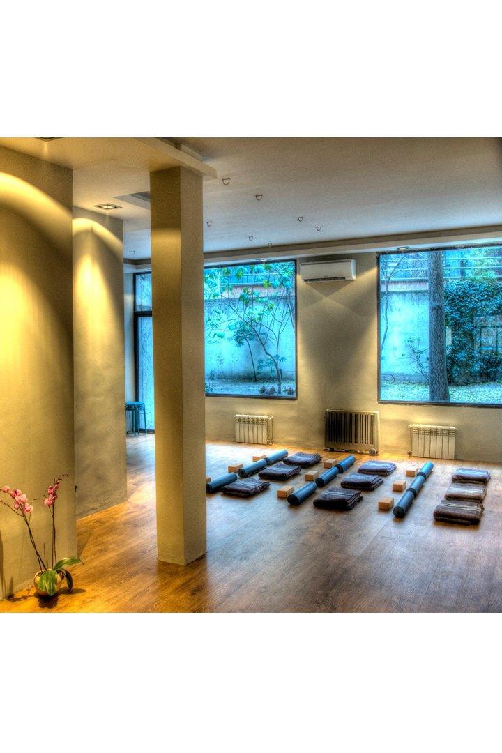 Centros de yoga en España: el patio en madrid