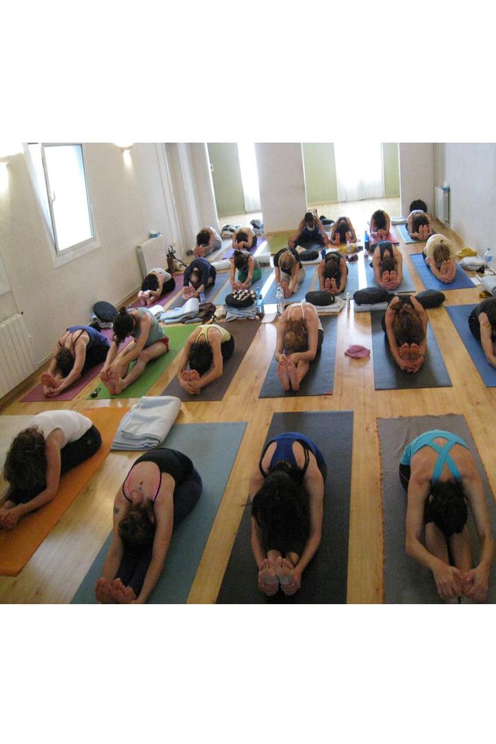 Centros de yoga en España: Yoga Studio