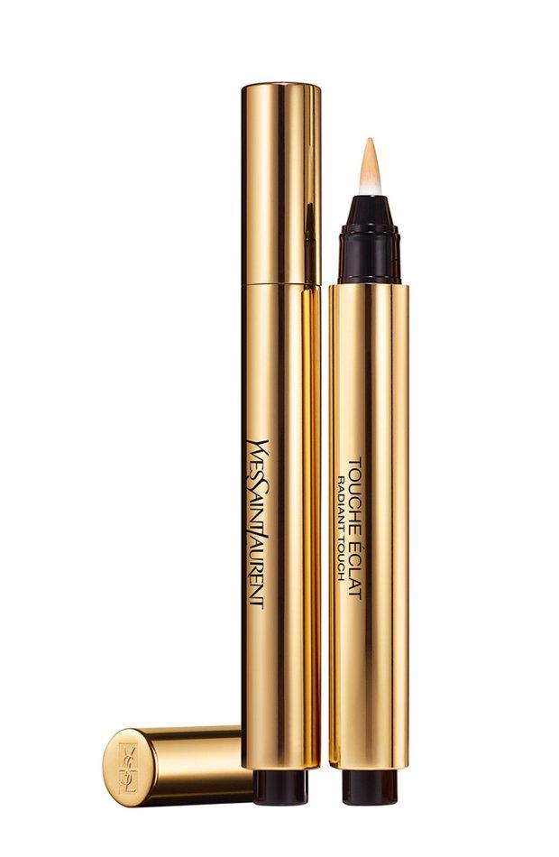 Touche Éclat de Yves Saint Laurent: productos belleza exclusivos rebajas