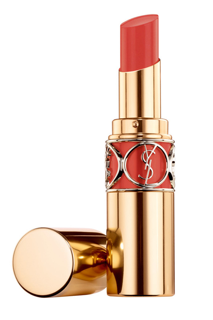 Modelo Orange Impertinent de YSL de la gama Rouge Volupté Shine.