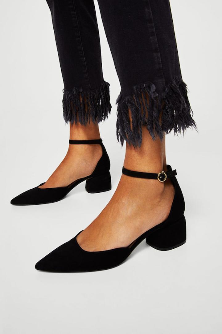 zapato punta pulsera mango ropa